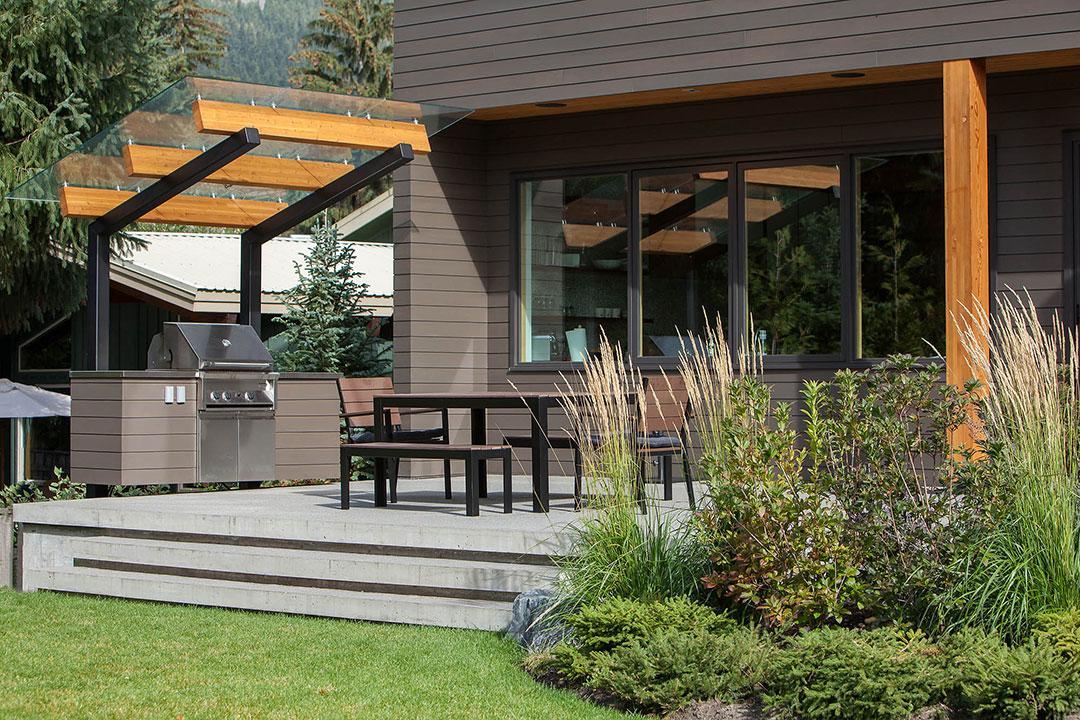TM Builders Whistler BBQ area 04